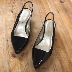 ❣️HOST PICK❣️Anne Klein short heels